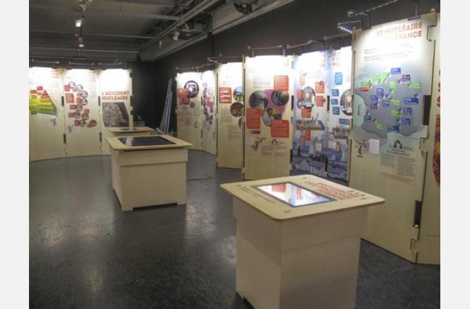 Exposition « Radioactivité, des centaines de questions, une exposition »